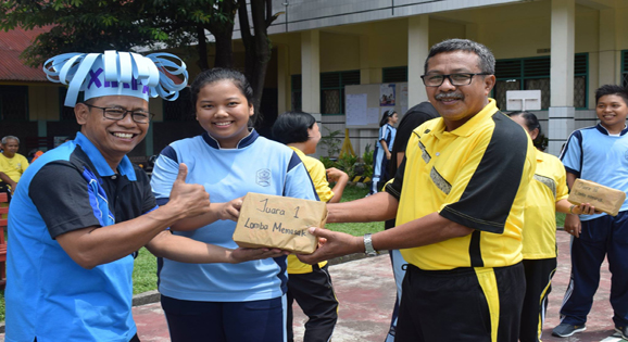 Peringati HUT RI Ke 73 OSIS PPSK SMA Xaverius Menggelar berbagai perlombaan